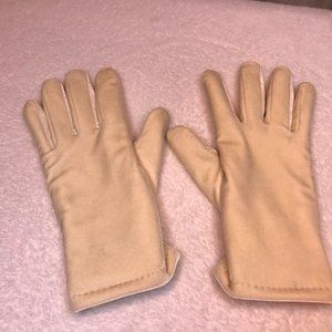 Cejon cream colored Thinsulate velvet gloves